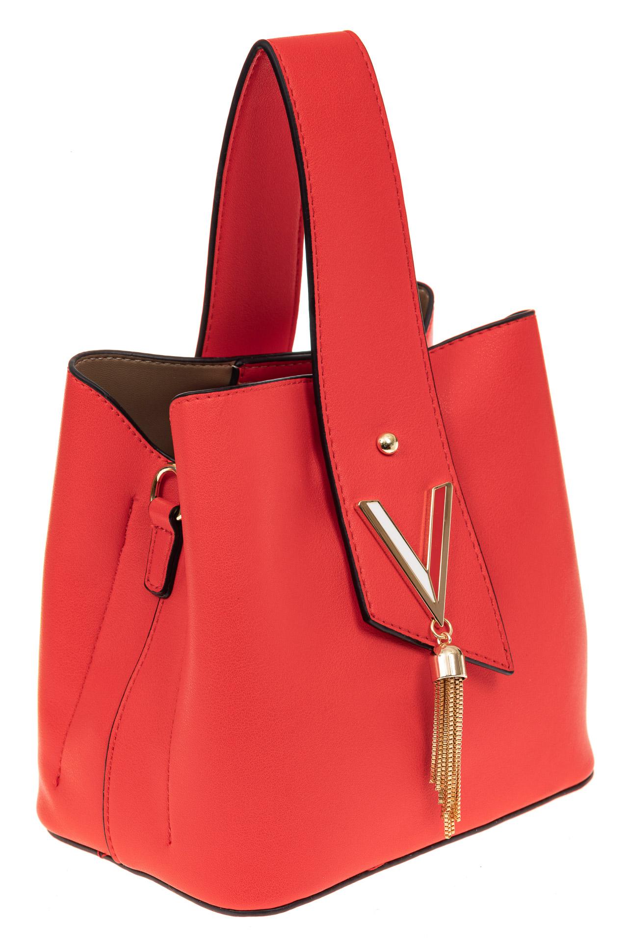 На фото 1 - Экстравагантная сумка из искусственной кожи, цвет красный
