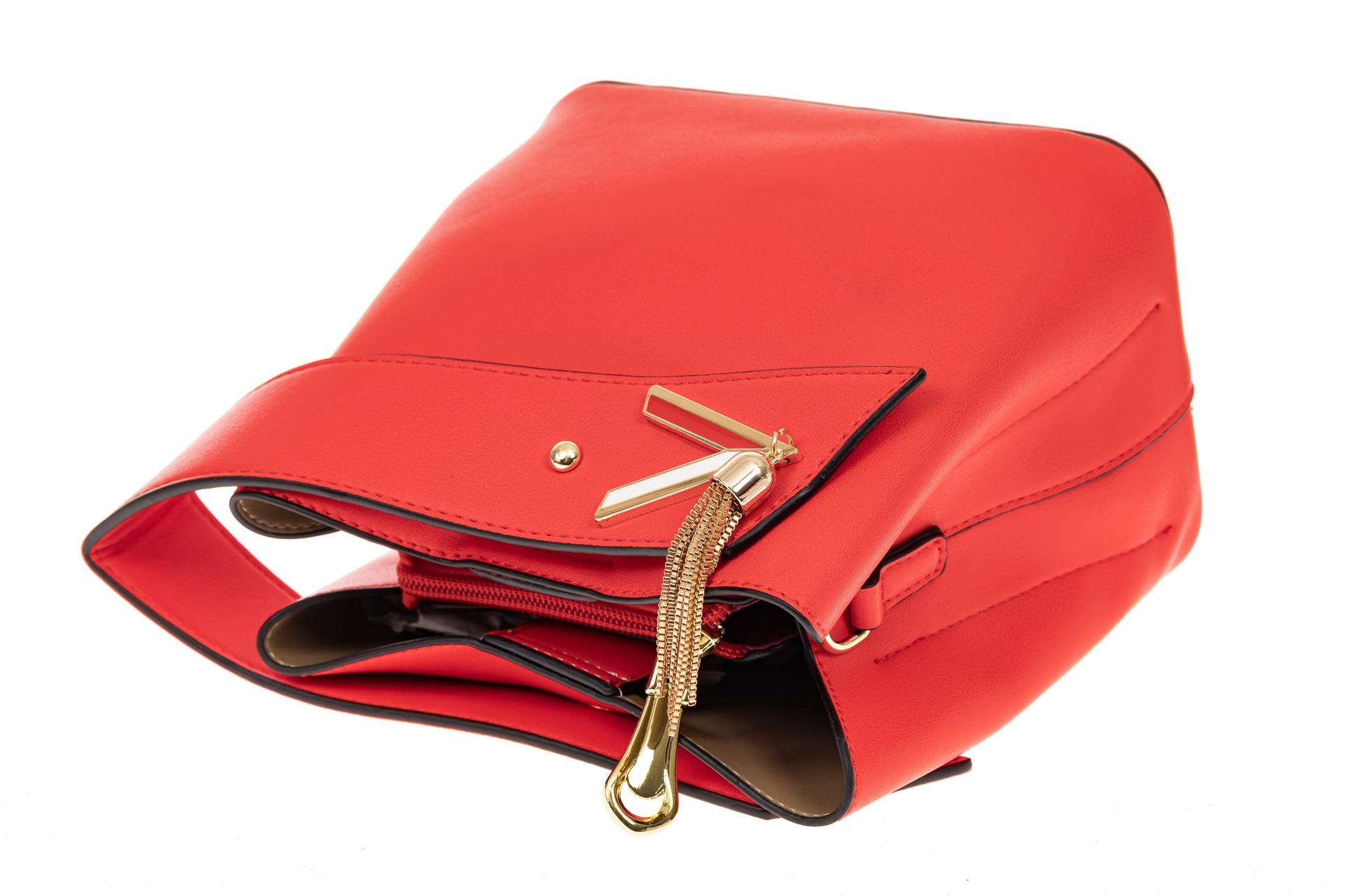 На фото 3 - Экстравагантная сумка из искусственной кожи, цвет красный