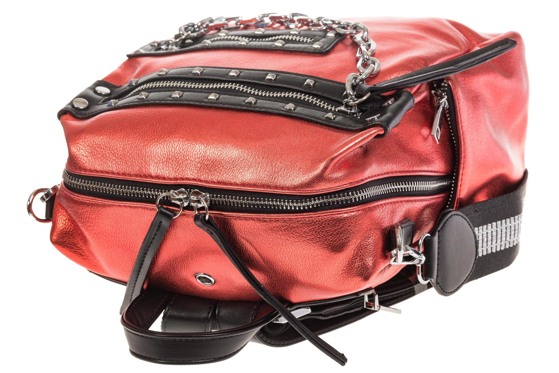 На фото 4 - Красный рюкзак в стиле рок-н-рол из искусственной кожи