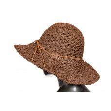 На фото 1 - Летняя ажурная шляпка шоколадного цвета со шнурком-бантом