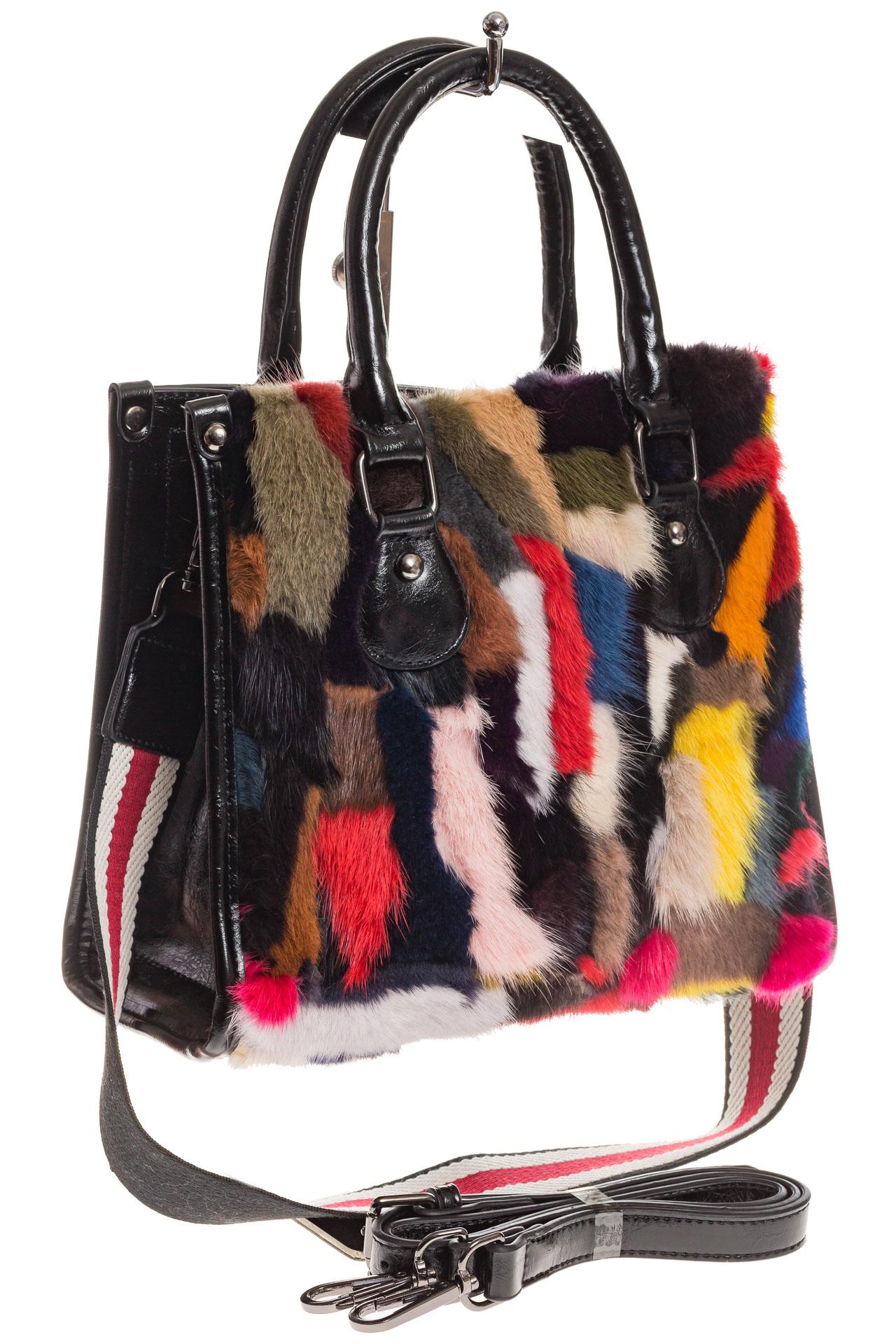На фото 1 - Женская сумка тоут из натурального меха, красный мультицвет