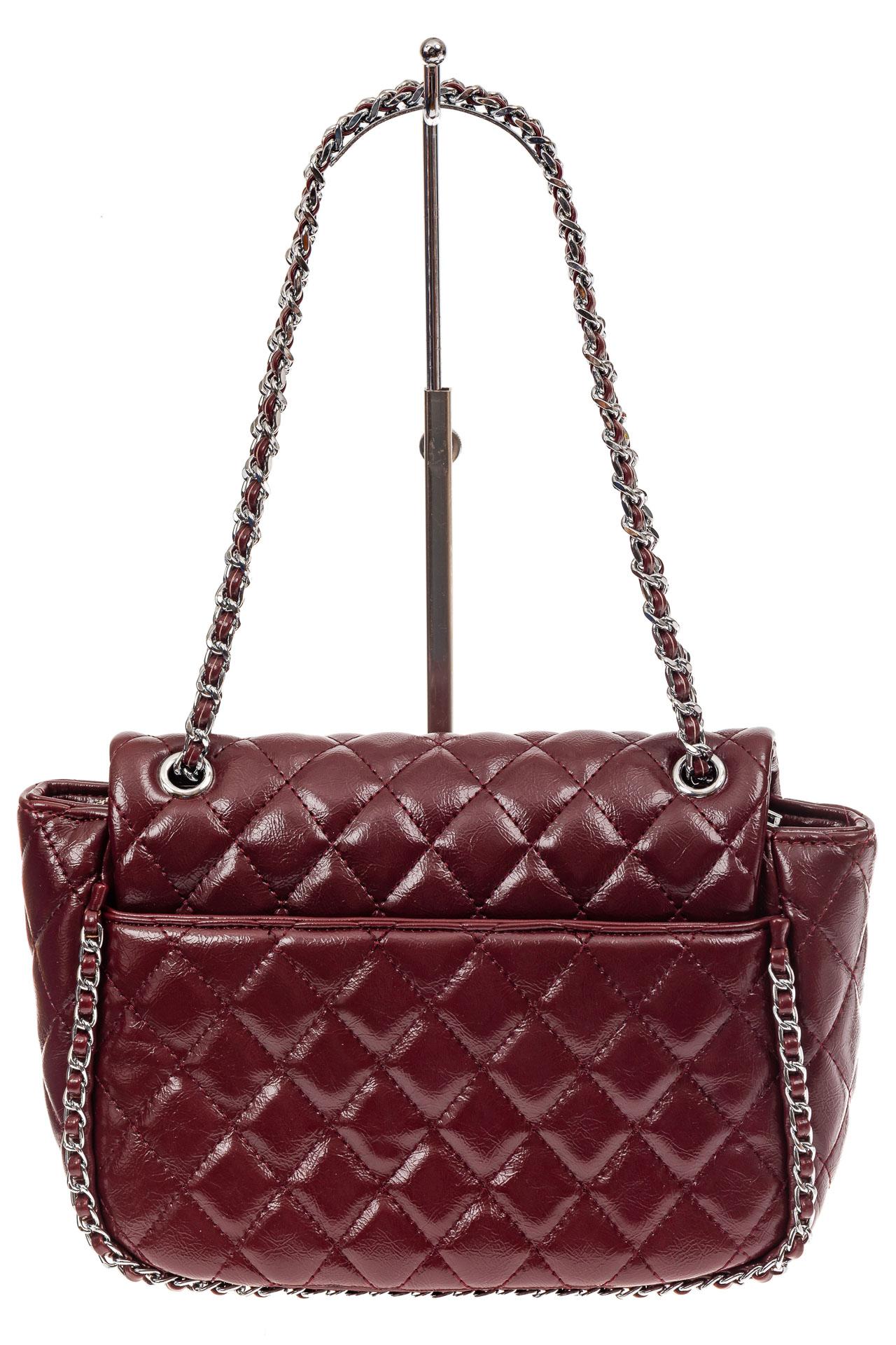 На фото 3 - Стеганая сумка женская из искусственной кожи, цвет бордо