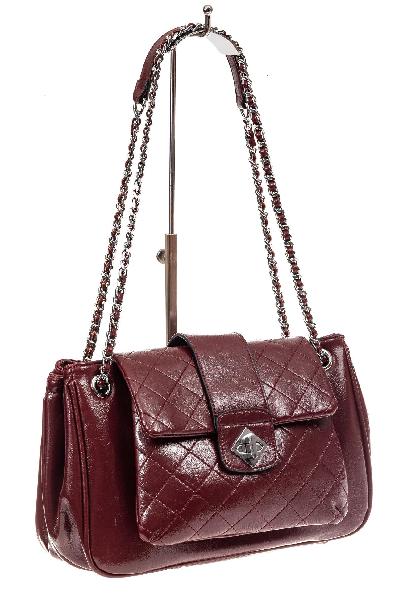 На фото 1 - Стеганая сумка женская из искусственной кожи, цвет бордовый