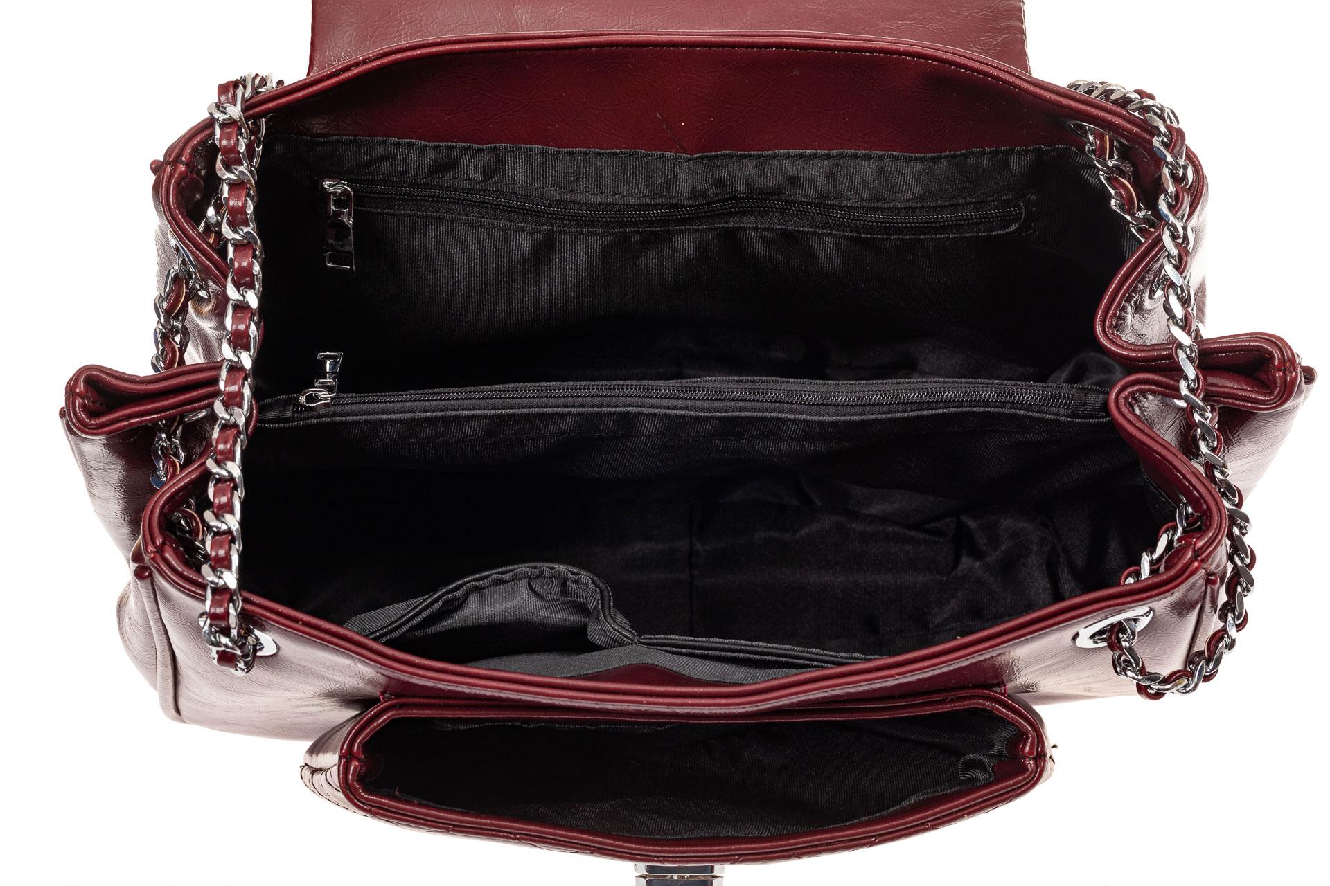 На фото 4 - Стеганая сумка женская из искусственной кожи, цвет бордовый