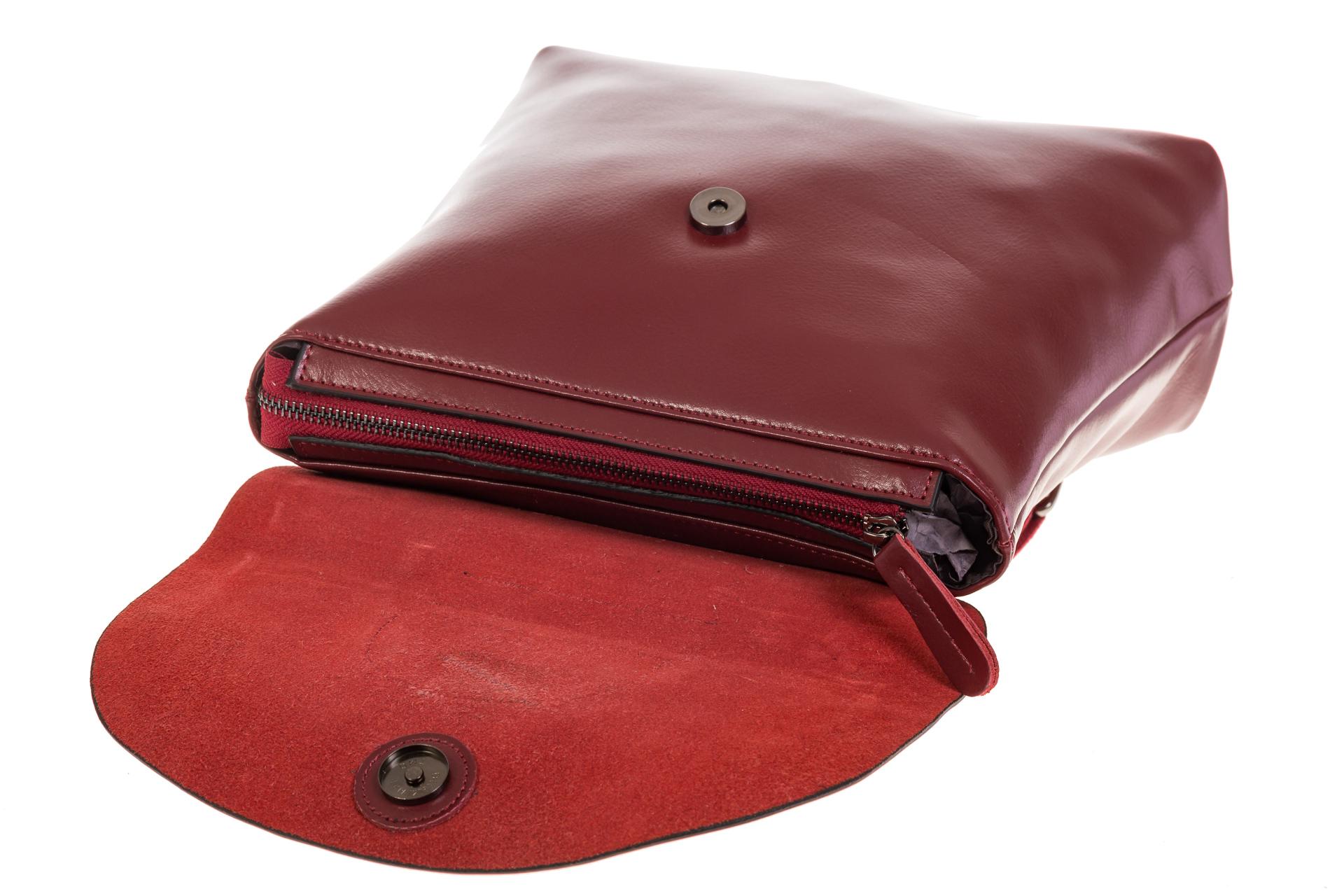 На фото 4 - Бордовый рюкзак – трансформер из натуральной кожи 8892