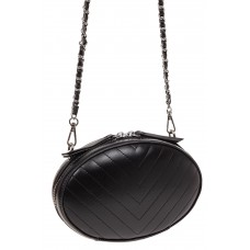 На фото 1 - Плоская овальная сумка из натуральной кожи, цвет черный