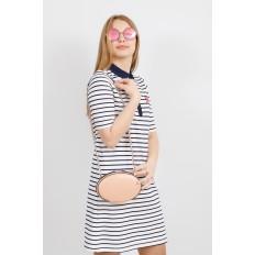 На фото 4 - Плоская овальная сумка из натуральной кожи, цвет пудра