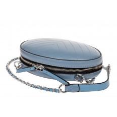 На фото 3 - Плоская овальная сумка из натуральной кожи, цвет голубой