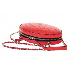 На фото 3 - Плоская овальная сумка из натуральной кожи, цвет красный