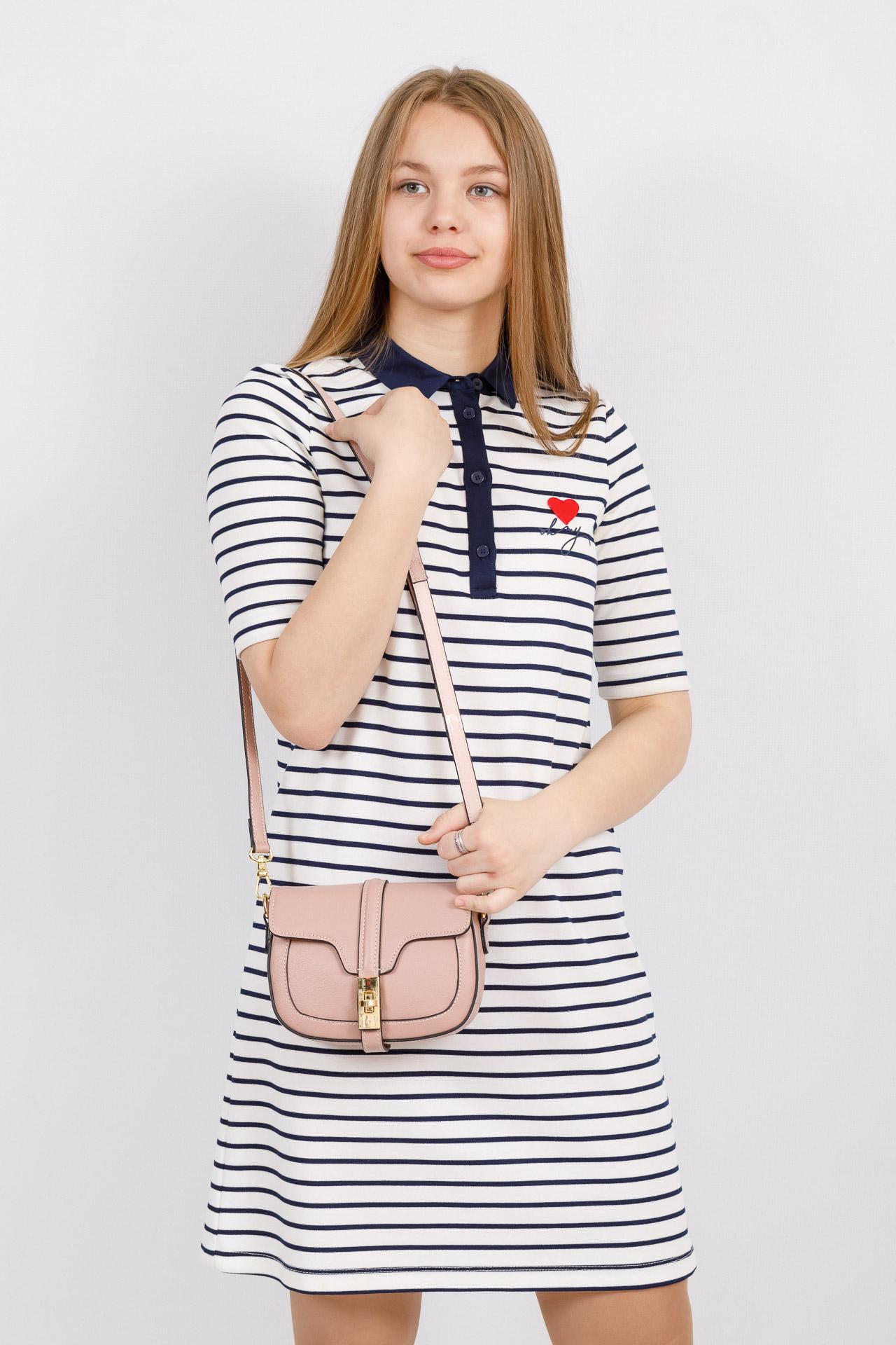 На фото 4 - Сумка-малышка saddle bag из натуральной кожи, цвет розовый