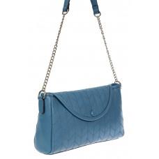 На фото 1 - Женская сумка багет из натуральной кожи с геометрической прострочкой, цвет голубой