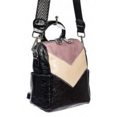 На фото 1 - Женская сумка-рюкзак из экокожи, цвет чёрный с розовым и молочным