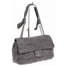 На фото 1 - Стёганая сумка из джинсы, цвет серый