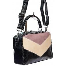 На фото 1 - Женская сумка кросс-боди из искусственной кожи, цвет чёрный с розовым и молочным