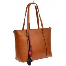 На фото 1 - Кожаная женская сумка тоут с разноцветными подвесками, рыжая