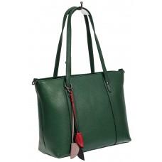 На фото 1 - Кожаная женская сумка тоут с разноцветными подвесками, зелёная