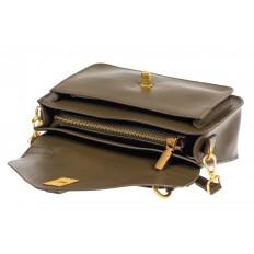 На фото 4 - Женская сумка-почтальонка из натуральной кожи, цвет хаки