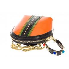 На фото 4 - Лаковая кросс-боди оранжевого цвета 9063