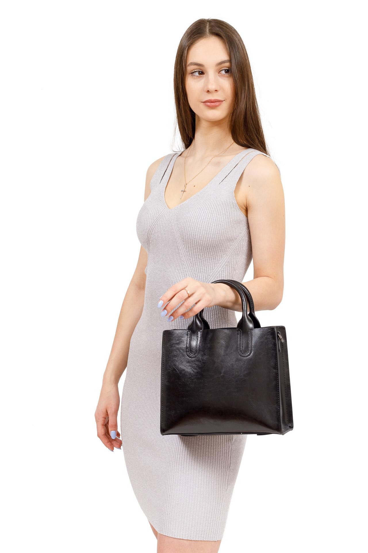 На фото 5 - Женская сумка тоут из натуральной кожи, цвет рыжий