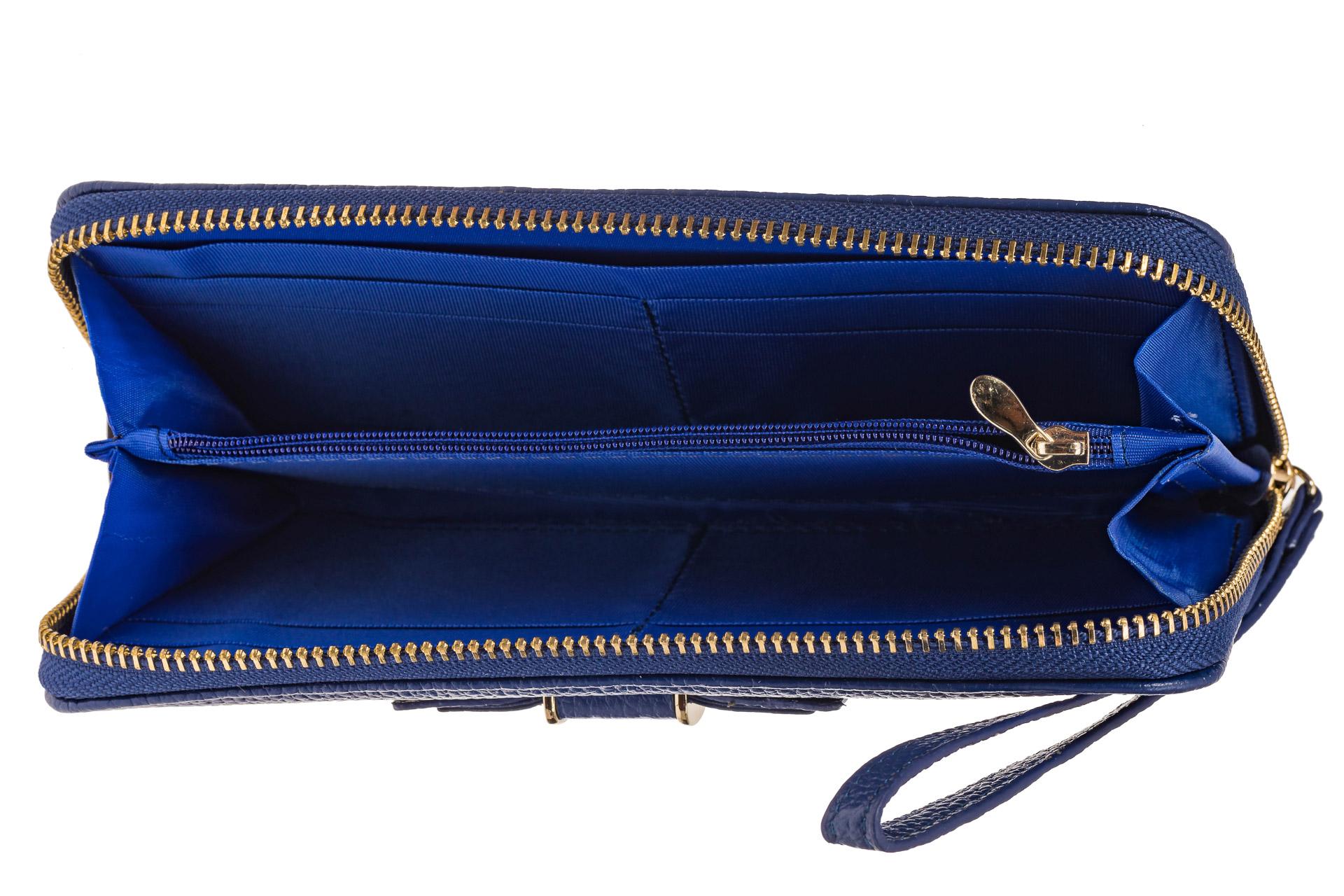 На фото 2 - Элегантное портмоне из натуральной кожи, цвет синий