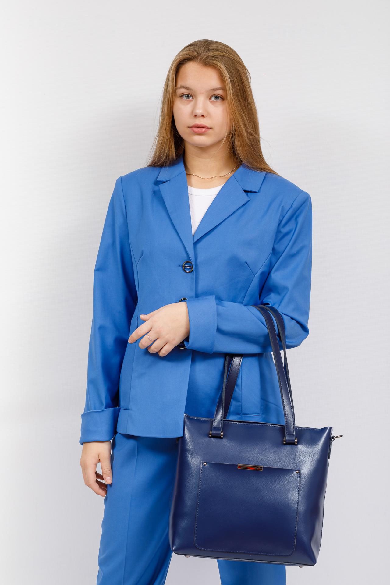 На фото 5 - Сумка женская шоппер из кожи, синяя