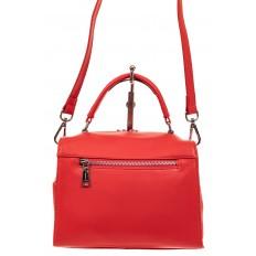 На фото 2 - Мягкая сумка-коробочка из натуральной кожи, цвет красный