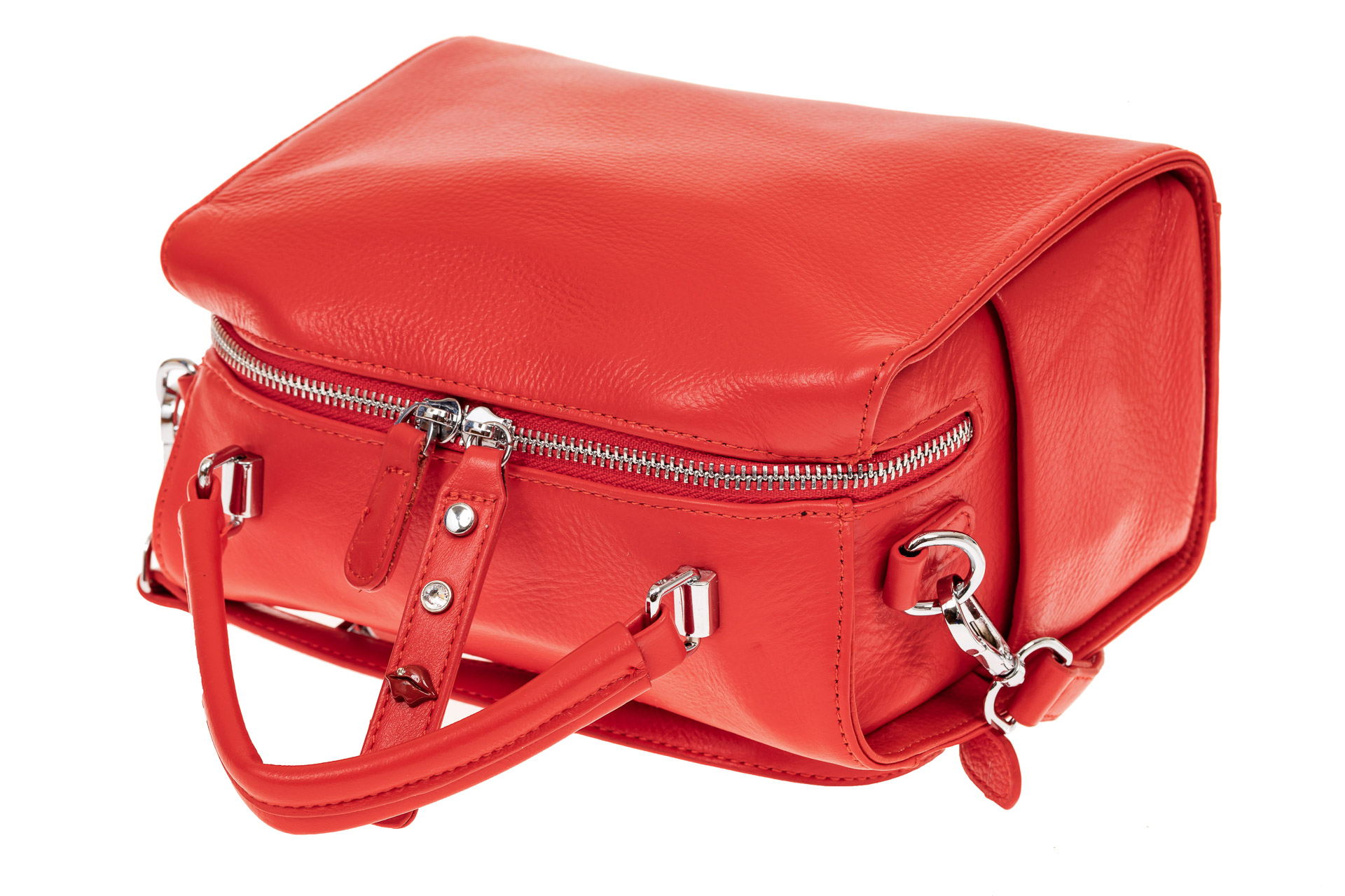 На фото 3 - Мягкая сумка-коробочка из натуральной кожи, цвет красный