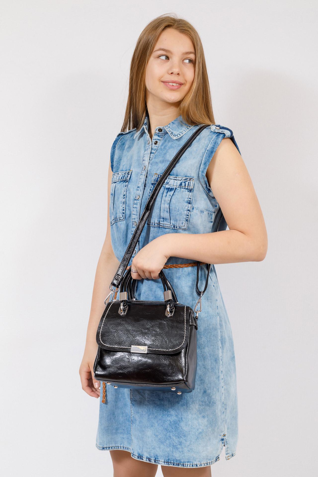 На фото 4 - Летняя женская сумка из искусственной кожи, цвет черный
