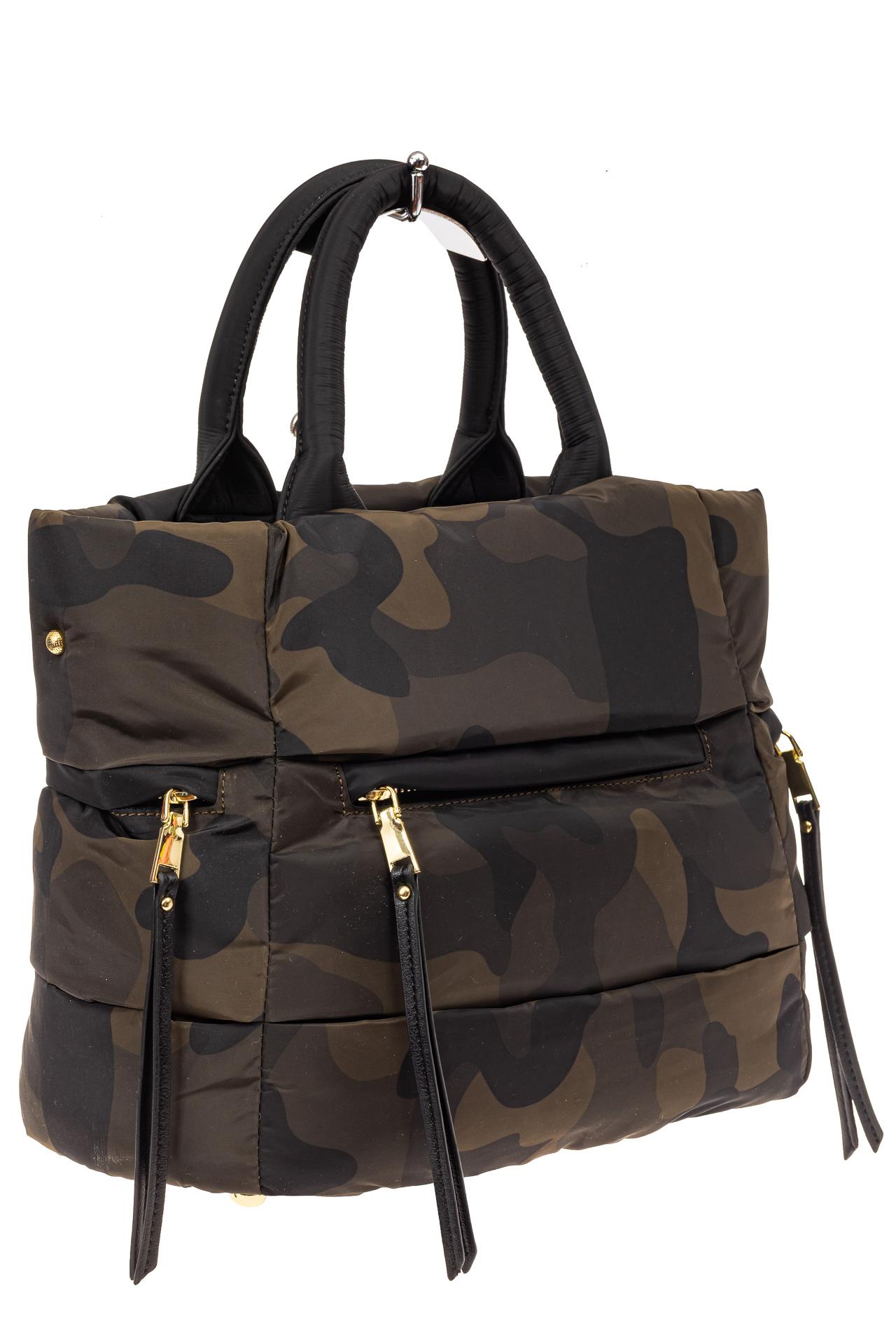На фото 1 - Дутая сумка женская из болоньевой ткани, цвет хаки, защитный принт