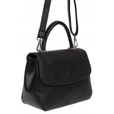На фото 1 - Небольшая женская сумка из экокожи с ажурным цветочным принтом, чёрная