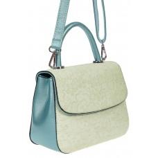 На фото 1 - Небольшая женская сумка из экокожи с ажурным цветочным принтом, светло-бирюзовая