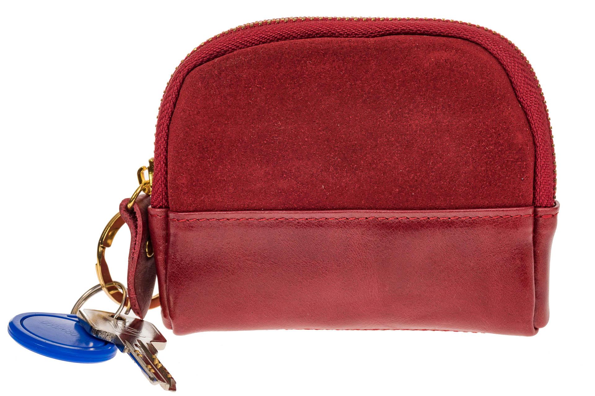 На фото 2 - Женская ключница из натуральной кожи и замши, цвет красный