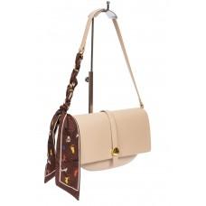 На фото 1 - Женская сумка-седло из искусственной кожи с твилли, молочная