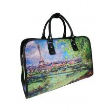 На фото 1 - Дорожная женская сумка из экокожи с принтом, разноцветная