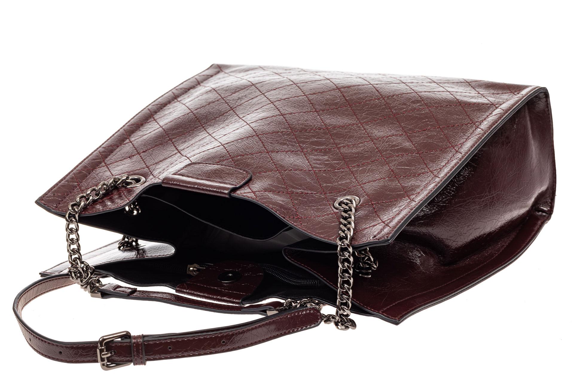 На фото 4 - Стеганая женская сумка из искусственной кожи, цвет баклажан