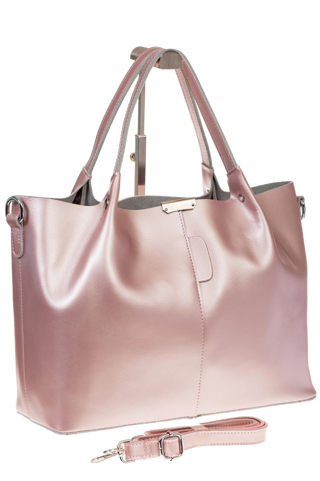 на фото Кожаный шопер розовый металлик 609AK2