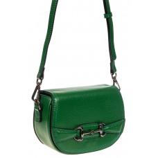 На фото 1 - Маленькая сумка-почтальонка из натуральной кожи, цвет зеленый