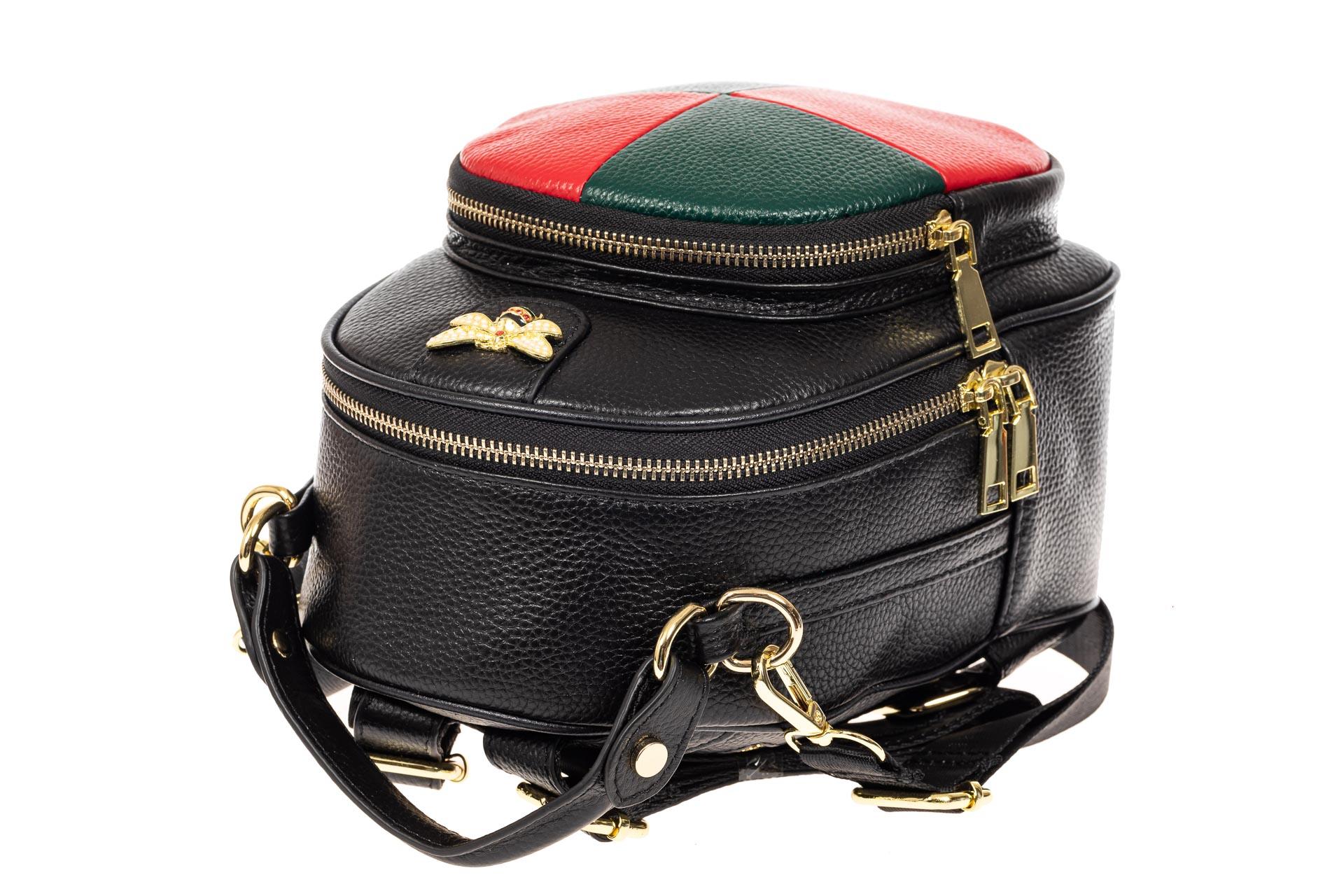 На фото 4 - Рюкзак трансформер, цвет черный