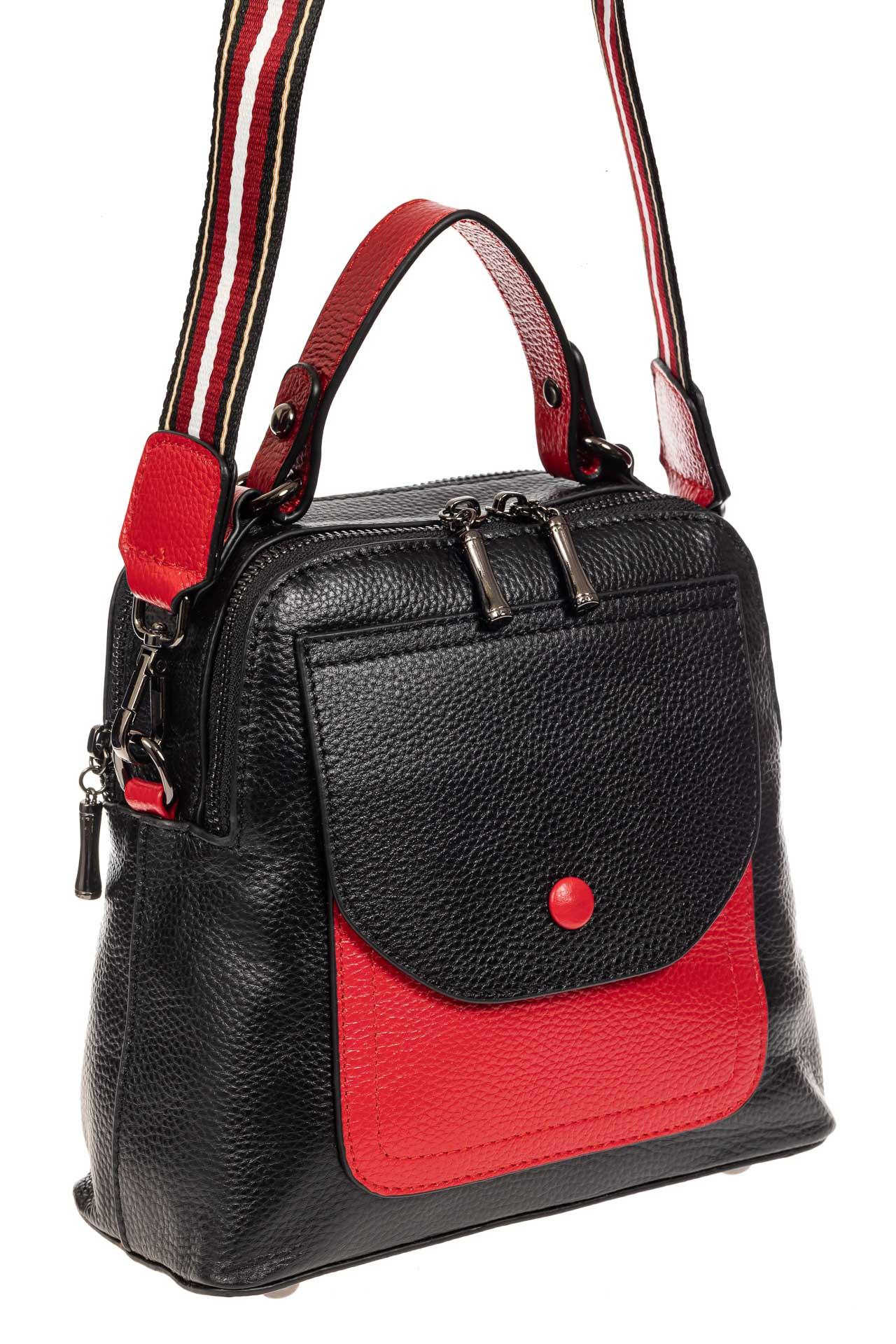 На фото 1 - Женский рюкзак трансформер из кожи, черный с красным