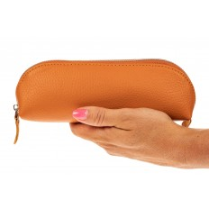 На фото 3 - Футляр-пенал из натуральной кожи, цвет оранжевый