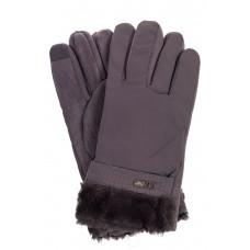 На фото 1 - Утепленные перчатки мужские с меховой манжетой и декором, цвет серый