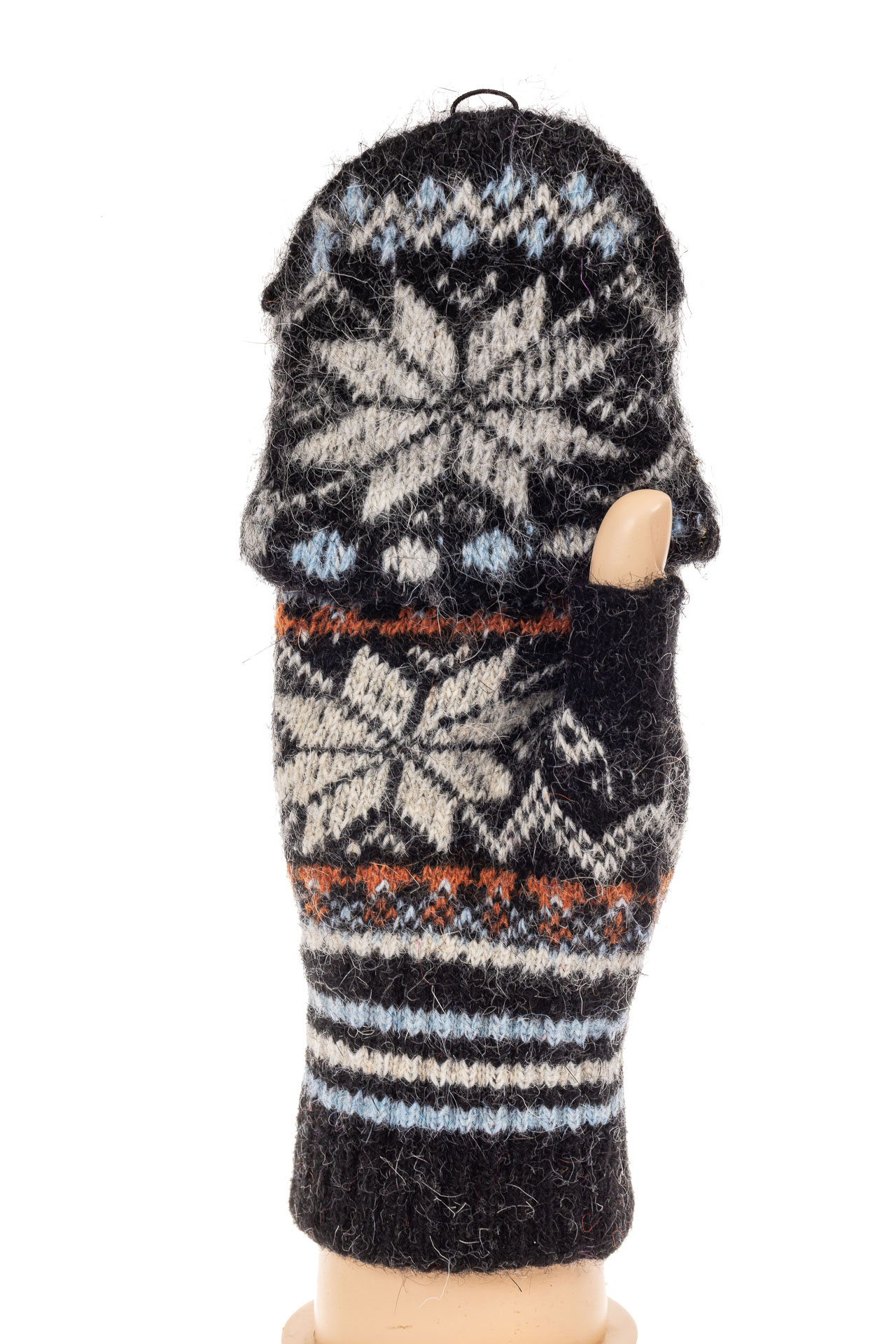 На фото 1 - Перчатки без пальцев женские, митенки вязаные, цвет черный с белым
