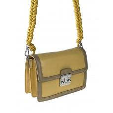 На фото 1 - Женская летняя сумка сэтчел из экокожи, цвет жёлтый