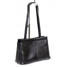 На фото 1 - Классическая женская сумка из гладкой экокожи, цвет чёрный