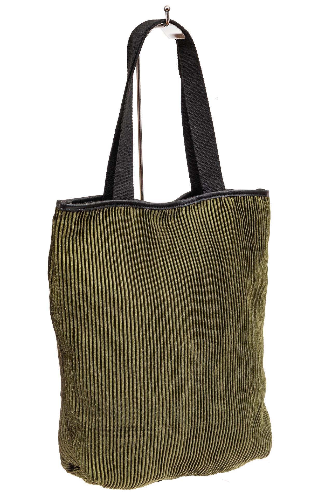 На фото 1 - Сумка-мешок женская из текстиля, цвет зеленый