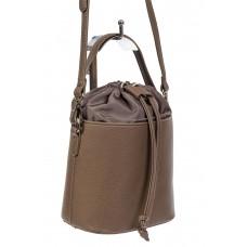 На фото 1 - Женская сумка-ведро из экокожи и текстиля, цвет коричневый