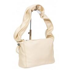 На фото 1 - Женская сумка из мягкой искусственной кожи с широкой ручкой, цвет молочный