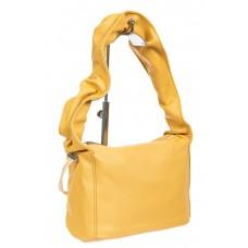 На фото 1 - Женская сумка из мягкой искусственной кожи с широкой ручкой, цвет светло-жёлтый