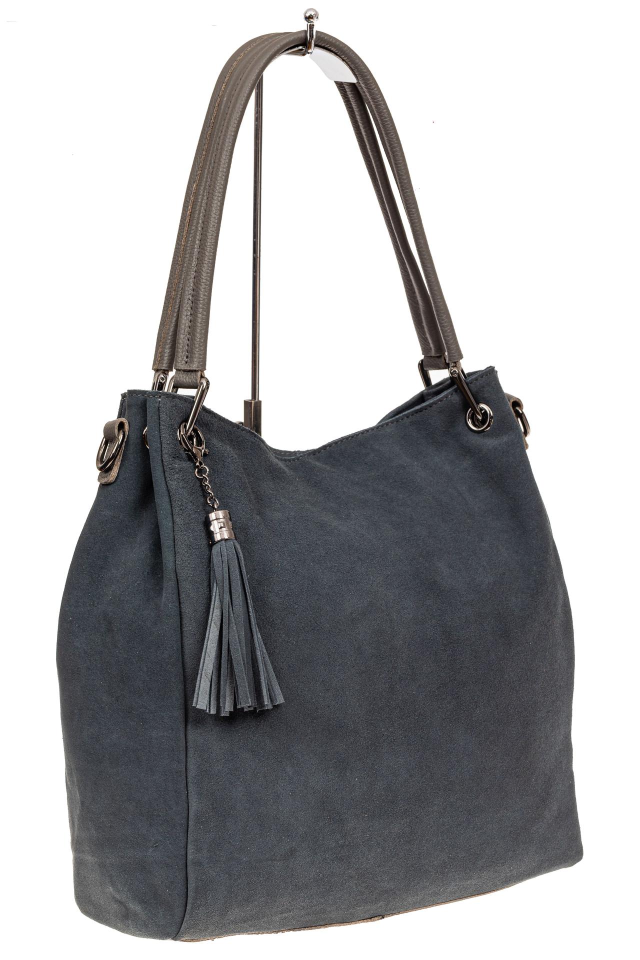 На фото 1 - Замшевая сумка тоут с кожаными ручками, цвет серо-голубой