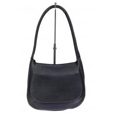 На фото 2 - Сумка-седло женская из мягкой экокожи, цвет чёрный